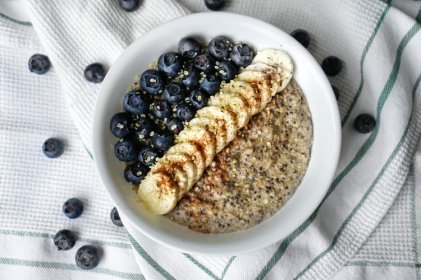 blueberry hemp oats